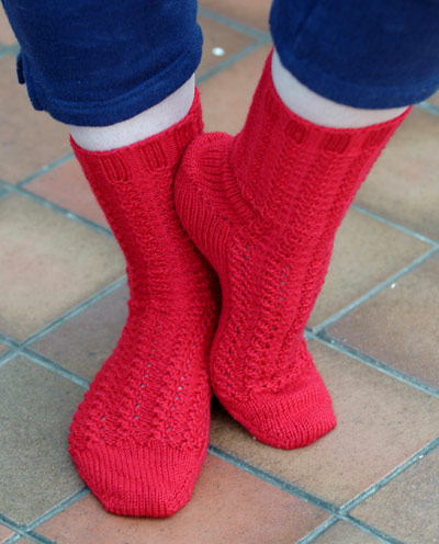 red little shell rib bedsocks